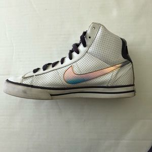 Nike Womens BRB Basketball High tops